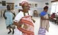 Ritual. Frequentadoras de terreiro em São João de Meriti: centros estão desaconselhando o uso de roupa típica na rua