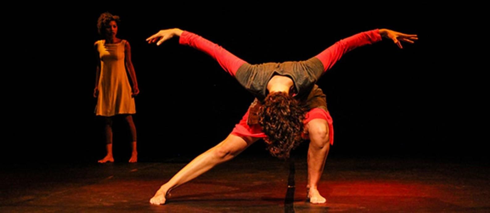 Cia de Dança da UFRJ | Cena de InCORPO Foto: Divulgação/Julius Mack