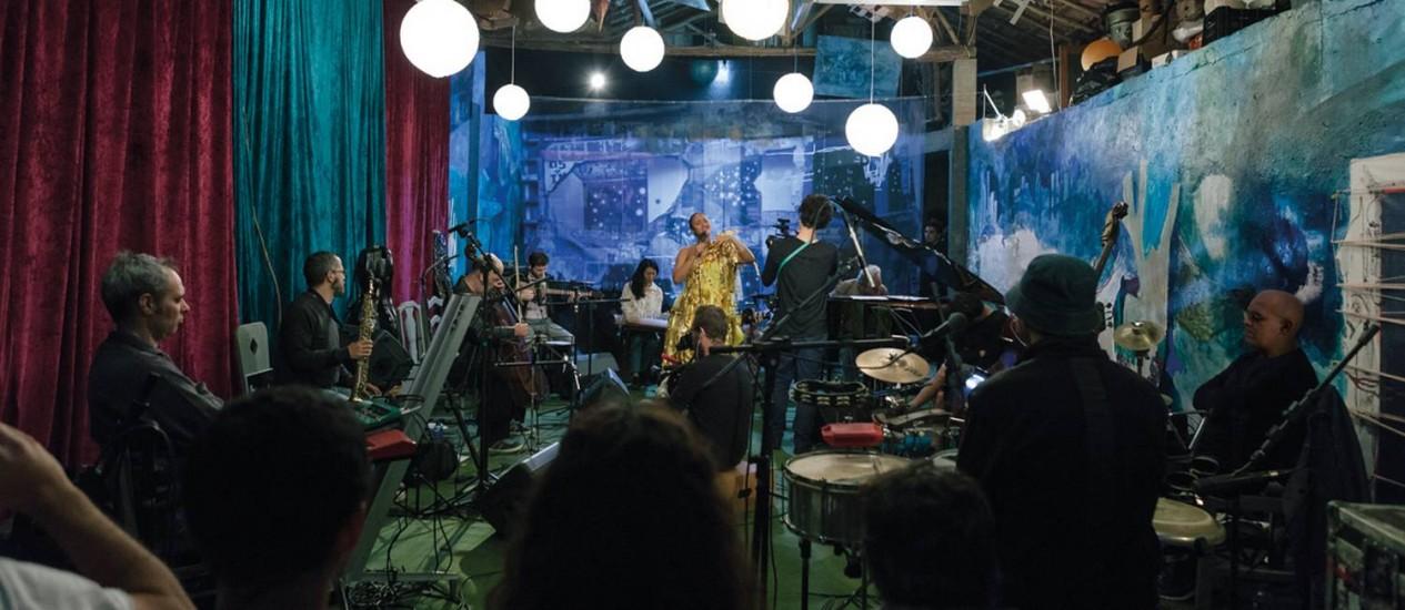 O filme 'Música pelos poros' documenta os dez dias de criação no Festival Artes Serrinha, em Bragança Paulista Foto: Talita Virgínia e Walter Costa / Divulgação