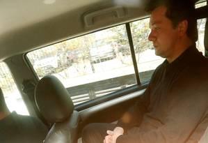 Wesley Batista,em carro da Polícia Federal, após ser preso Foto: Leonardo Benassatto / Leonardo Benassatto/Reuters/13-07-2017