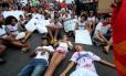 Estudantes fazem protesto contra morte de adolescente dentro de escola na Zona Norte do Rio no início deste ano: Brasil é um dos países sem guerra onde mais meninos morrem pela violência no mundo