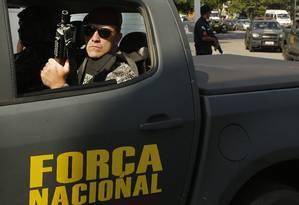 Soldados da Força Nacional no Rio Foto: Antonio Scorza / Agência O Globo 09/05/2017