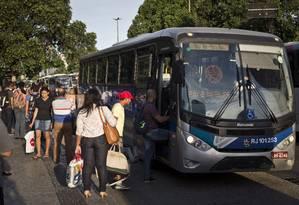 Estado, MP e Defensoria firma compromisso para licitar sistema de bilhetagem das passagens intermunicipais Foto: Guito Moreto em 07/12/2016 / Agência O Globo