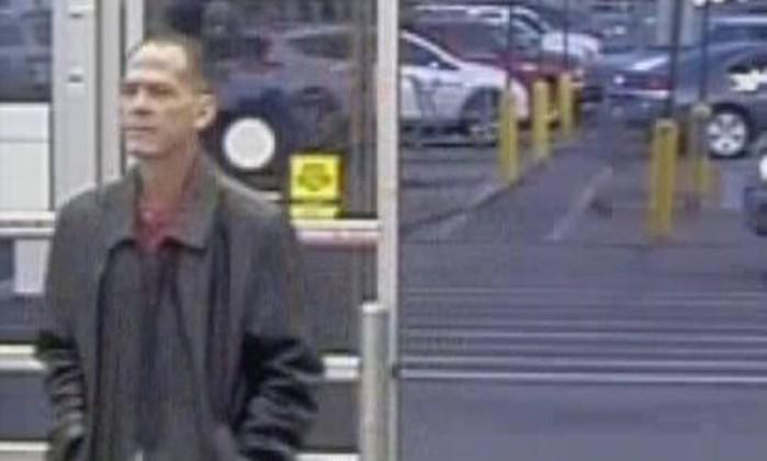 Detido suspeito de matar três pessoas em supermercado nos EUA