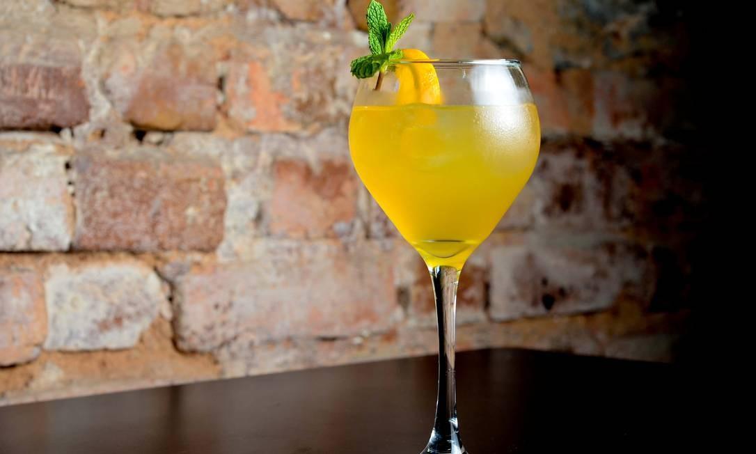 No The Marleys's Pub, o drinque Belfast vem com suco de laranja, tequila, cointreau e gotas de limão siciliano com crosta de canela (R$26,90) Foto: Divulgação / Divulgação