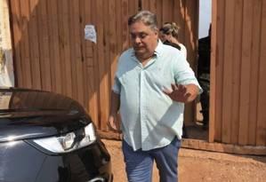 O deputado estadual Gilmar Fabris (PSD-MT) deixa a cadeia após alvará de soltura dado por seus colegas de Assembleia Foto: Rogério Florentino Pereira/ Olhar Direto