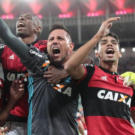 Diego Alves vira exemplo de liderança no Flamengo Foto: Marcelo Theobald / Agência O Globo