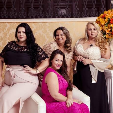 Divas. Pamella (à esquerda), Valéria, Viviane e Jéssika (sentada) disputarão o Miss Plus Size Nacional Foto: Leo Martins / Agência O Globo