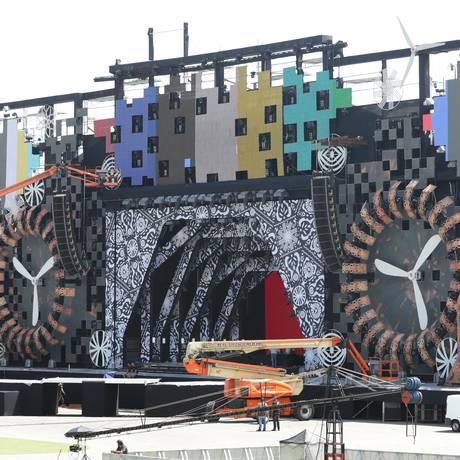 Estrutura do Rock in Rio é preparada para o Festeja, voltado para o público sertanejo Foto: Marcio Alves / Márcio Alves