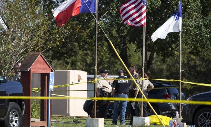 Trump considera que acesso livre a armas não causou tiroteio