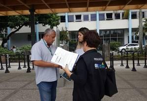Fiscais do ministério do Turismo fiscalizam guias no Rio Foto: Divulgação
