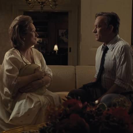 Meryl Streep e Tom Hanks em cena de 'The Post' Foto: Reprodução