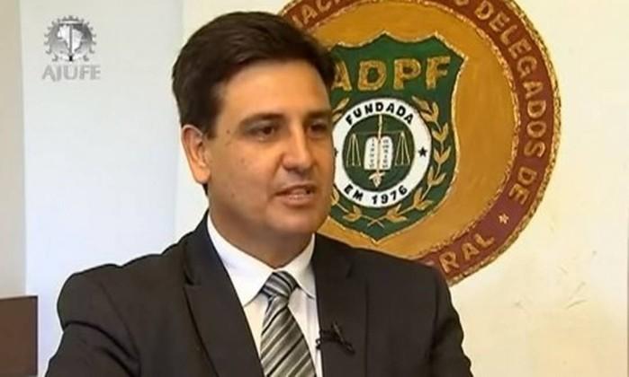 Resultado de imagem para novo diretor da Polícia Federal (PF), o delegado Fernando Segovia