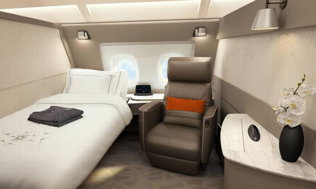 A nova configuração terá ainda uma versão para solteiros na primeira classe. Nos dois casos, há poltrona de couro e uma TV 32 polegadas Singapore Airlines/Divulgação