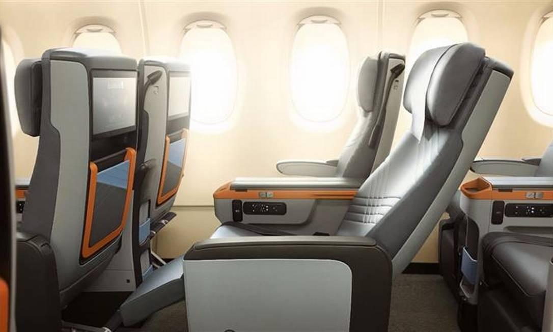 As novas A380 terão ainda 44 assentos na classe econômica premium, que terá poltronas com 49 centímetros de largura e quase um metro de espaço entre uma e outra Divulgação/Sinapore Airlines