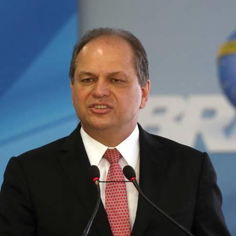 Ministro da Saúde, Ricardo Barros, durante cerimônia no palácio do Planalto Foto: Givaldo Barbosa / Agência O Globo