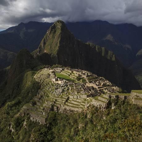 Machu Picchu, no Peru: destino desejado pelos brasileiros Foto: Daniel Marenco / Agência O Globo