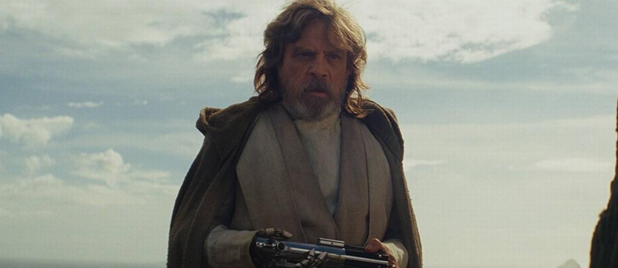 Mark Hamill (Luke) em cena de 'Star Wars: Os Últimos Jedi' (2017) Foto: Divulgação