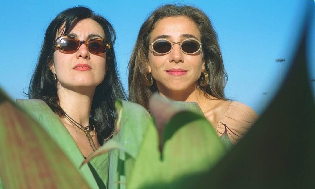 Márcia Cabrita ao lado de sua parceira de 'Sai de Baixo', Marisa Orth em agosto de 1997 Camilla Maia