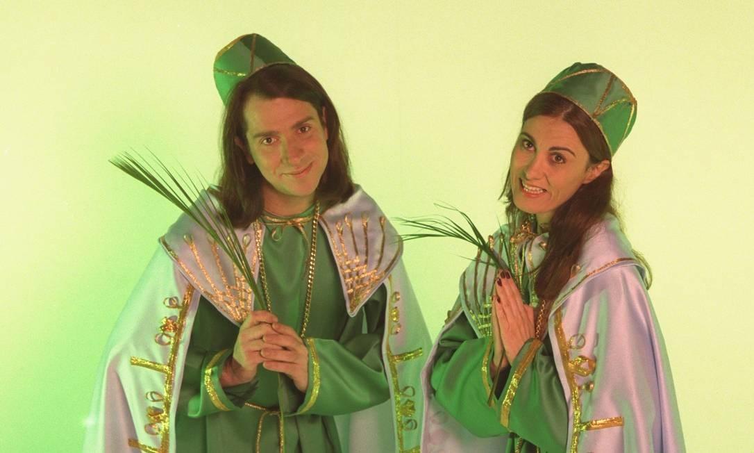 Márcia Cabrita e Luís Salém caracterizados como Cosme e Damião Ricardo Gomes