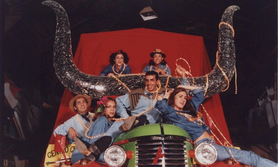 Fotos dos 30 anos do Grupo Navegando. Peça 'Ponto e vírgula', de 1998, com Fábio Pilar e Márcia Cabrita. Guga Melgar / Guga Melgar