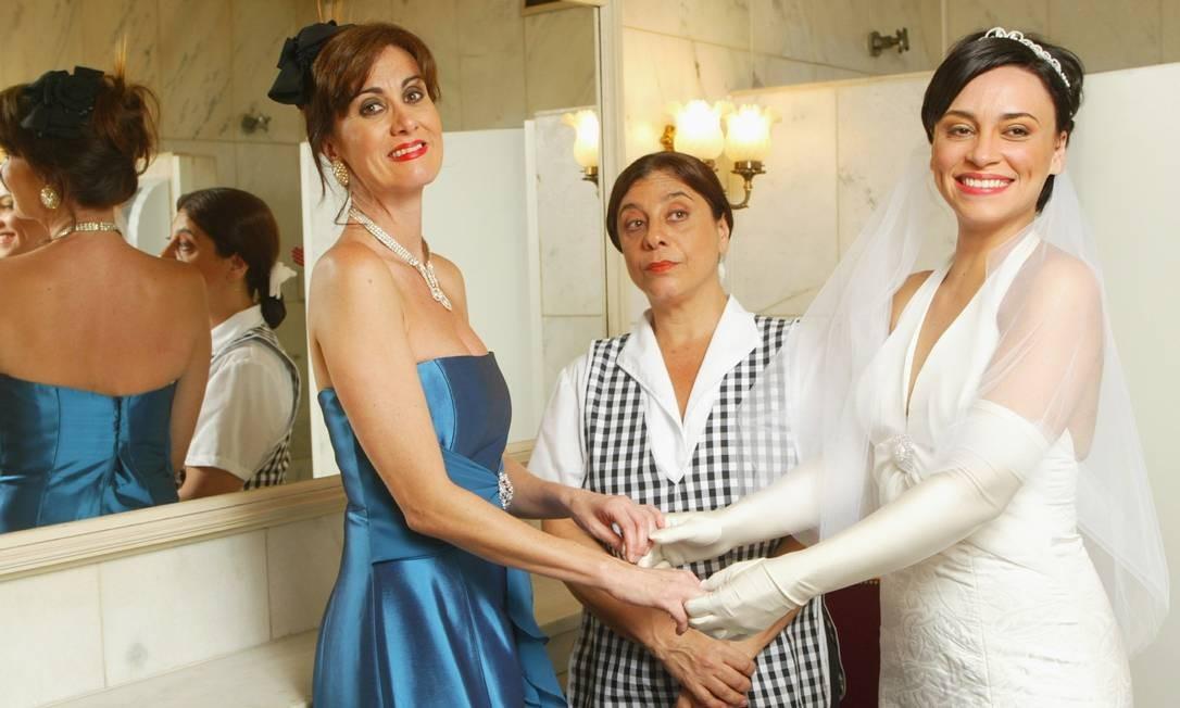 Foto da peça 'Toalete', de 2007, com Márcia Cabrita, Catarina Abdalla e Suzana Pires Divulgação