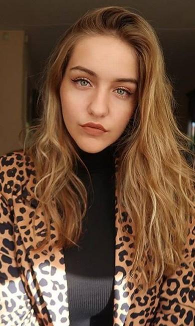 Joann van den Herik é filha de um dos irmãos de Yolanda Hadid (mãe de Gigi e Bella) Reprodução Instagram