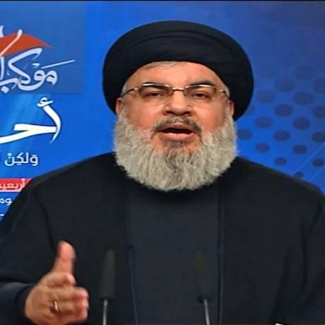 Líder do Hezbollah faz discurso televisionado em que acusa Arábia Saudita de declarar guerra Foto: HO / AFP