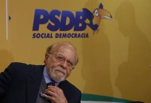 O presidente interino do PSDB, Aberto Goldman Foto: Michel Filho / Agência O Globo 9/11/2017