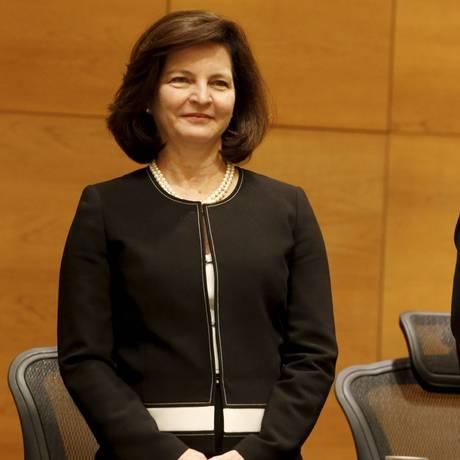 A procuradora-geral da República, Raquel Dodge, recebe prêmio no Rio de Janeiro Foto: Domingos Peixoto/Agência O Globo/06-11-2017