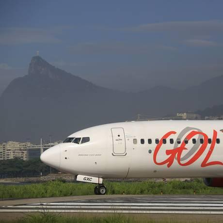 Avião da Gol no aeroporto Santos Dumont, no Rio Foto: Dado Galdieri/Bloomberg