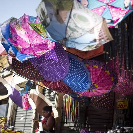 Comércio no Saara, no Centro do Rio. Foto de Márcia Foletto / Agência O Globo