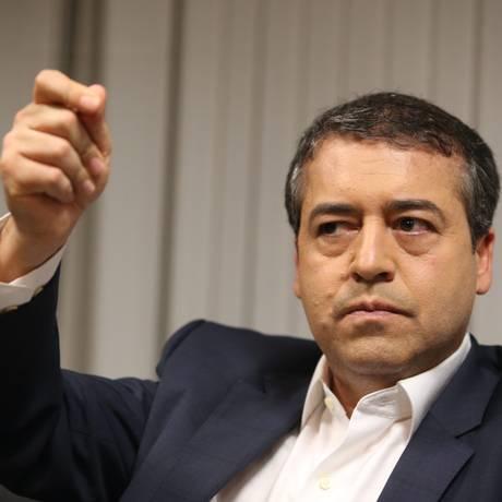 Fim de parte dos sindicatos. Ministro do Trabalho acredita que 30% vão desaparecer. Foto: Aílton de Freitas / Agência O Globo