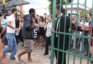 Alunos chegam para fazer prova em Brasília Foto: Givaldo Barbosa / Agência O Globo
