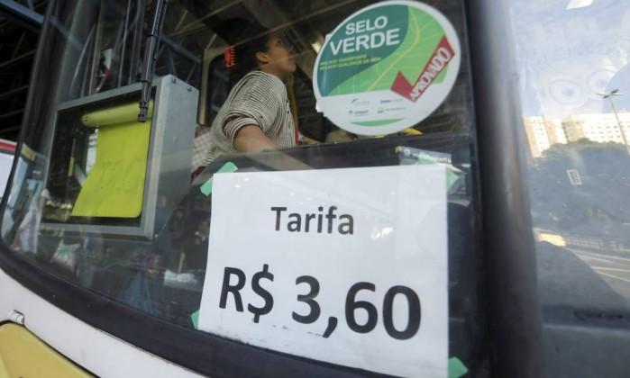 Redução da passagem de ônibus continua indefinida no Rio