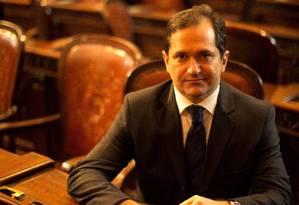 Deputado Edson Albertassi (PMDB-RJ), líder do governo na Assembleia Foto: Agência O Globo / Daniel Marenco