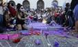 Diversas mulheres protestaram no Rio contra a PEC que proíbe abordo em caso de estupro