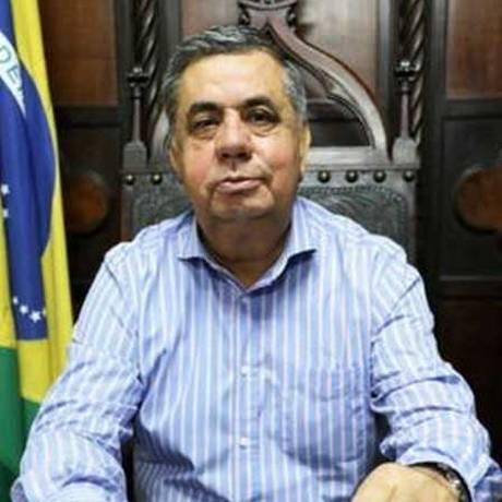 O presidente da Alerj, Jorge Picciani, em momento de descontração na assembleia Foto: Divulgação