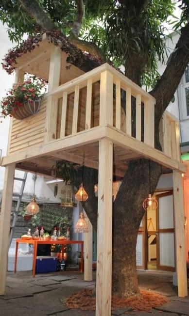 Acasinha na árvore foi projetada por Paula Bergamin, da Ecogarden Divulgação