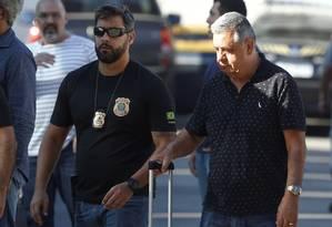 O deputado Jorge Picciani (PMDB), chegando à sede da Polícia Federal no Rio Foto: Pablo Jacob / Agência O Globo/14-11/17