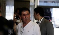 Paulo Melo se entrega à PF, após Justiça determinar prisão do deputado Foto: Alexandre Cassiano / Agência O Globo