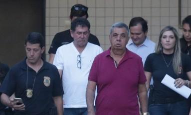 Jorge Picciani, Paulo Melo e Edson Albertassi seguem para o Presídio em Benfica Foto: Marcio Alves / Agência O Globo