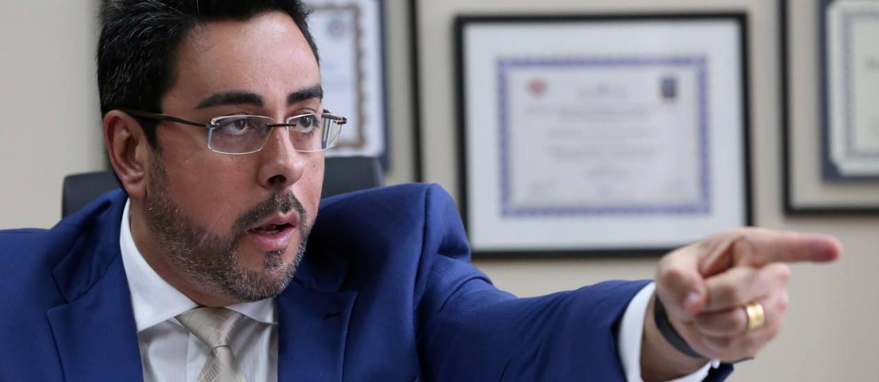 O juiz Marcelo Bretas em entrevista exclusiva ao GLOBO: surpresa com a capilaridade do esquema de corrupção no Rio Foto: Custódio Coimbra / Agência O Globo