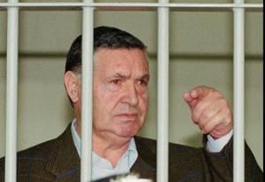 Salvatore Riina, em 29 de abril de 1993, durante julgamento em Roma, na Itália Foto: Giulio Broglio / AP