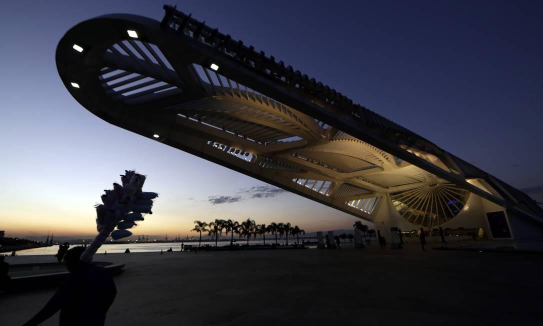 O Museu do Amanhã, no Píer Mauá, é um projeto do arquiteto espanhol Santiago Calatrava Foto: Gustavo Miranda / Agência O Globo