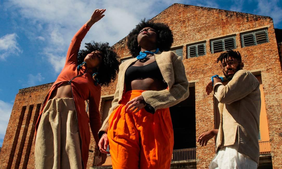 Catálogo foi fotografado em espaços importantes para a história dos negros no Brasil, como o Galpão da Cidadania Foto: Divulgação / Divulgação