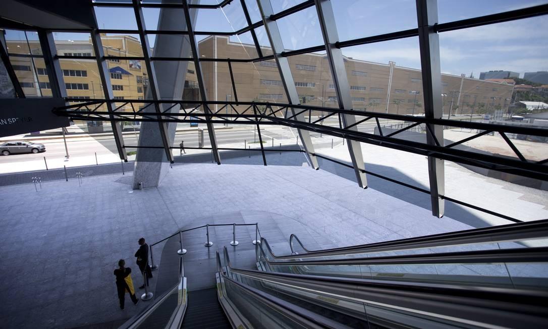 Todos os pavimentos proporcionam uma vista única, de 360 graus, de toda a cidade do Rio Foto: Márcia Foletto / Agência O Globo