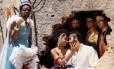 No meio da plateia. Atores encenam peça sobre o amor mitológico Foto: Divulgação/Gui Maia / Divulgação/Gui Maia