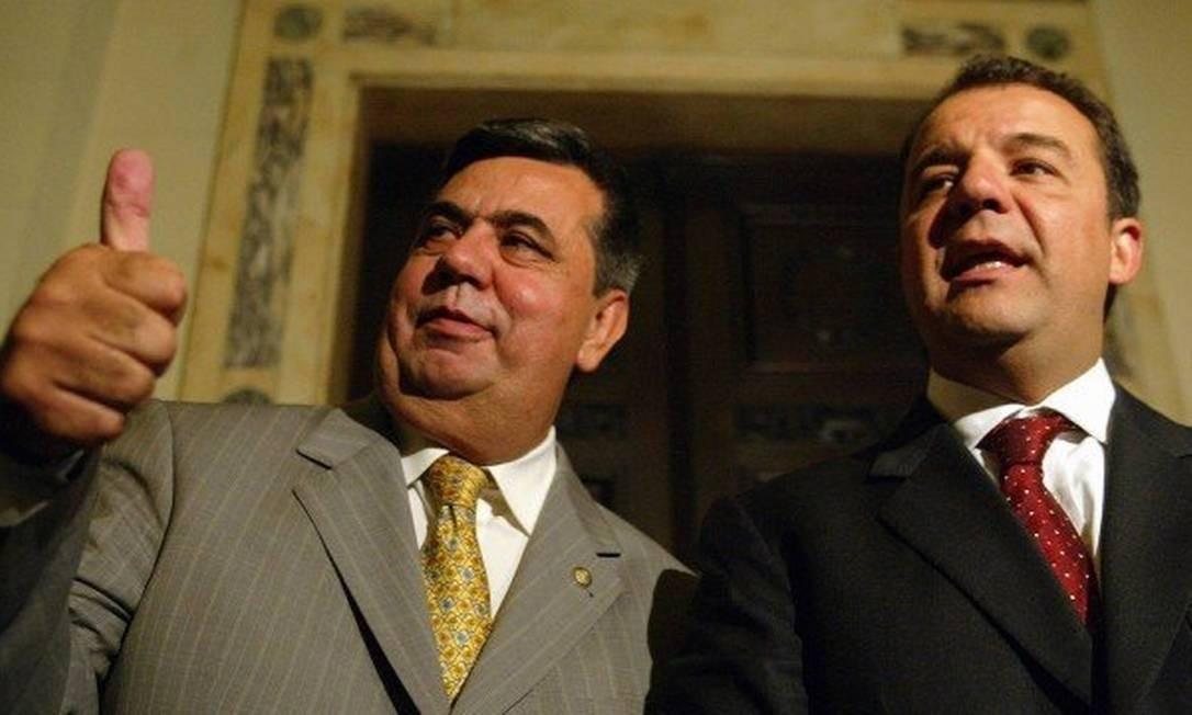 Sérgio Cabral ao lado de Jorge Picciani, em visita a Alerj em 2006. Esquema de pagamentos de deputados teve anuência do ex-governador e durou de 2007 a 2014 Marcelo Carnaval