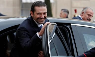 O primeiro-ministro do Líbano, Saad Hariri, entra em carro após encontro com o presidente francês, Emmanuel Macron, em Paris Foto: BENOIT TESSIER / REUTERS